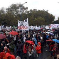 Una multitud marchó en Mar del Plata a 43 años del último Golpe de Estado