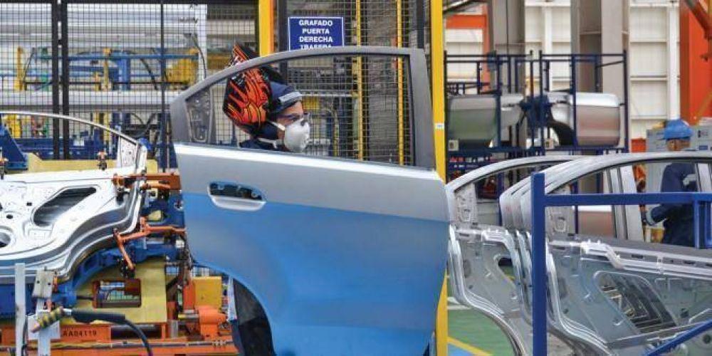 Industricidio: en el sector automotriz hay 13 despidos y 85 suspendidos por día
