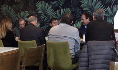 """Montenegro con medio gabinete, las """"grietas"""" en Cambiemos, Vilma y Abad no se achican y el triste récord nacional"""