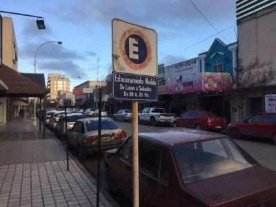 Centro: se volvería a no cobrar el estacionamiento medido los sábados desde el mediodía