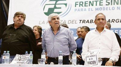Moyano y el sindicalismo opositor lanzarán un paro en abril a espaldas de la CGT