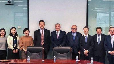 Morales cierra en China otro negociado con el Parque Solar Cauchari