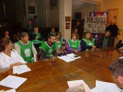 Concejales recibieron a trabajadores de ANSES preocupados por posible reestructuración