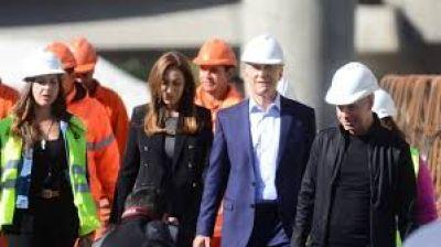 La emancipación de Vidal, en un día de malas noticias para el Gobierno nacional