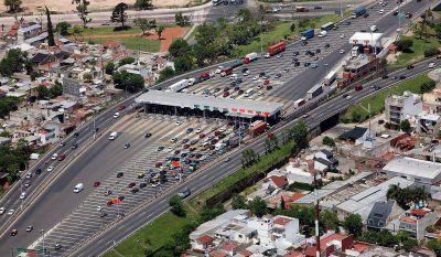 Temor por el futuro de 600 empleos por quita de cabinas de peajes en autopistas