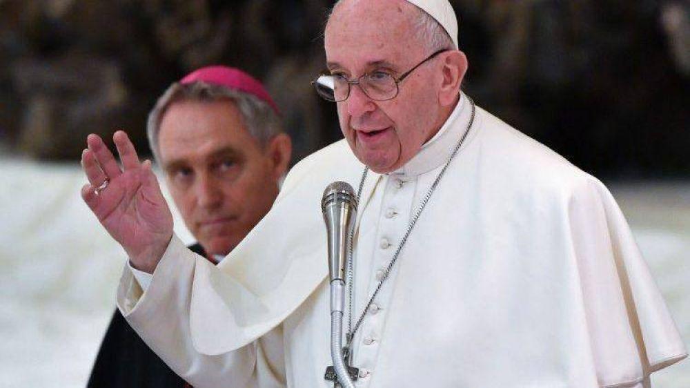 Papa a confesores: poder humano no tiene jurisdicción sobre sigilo sacramental