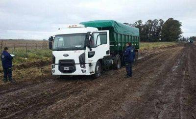 General Lavalle: Multan camiones por circular por caminos de tierra