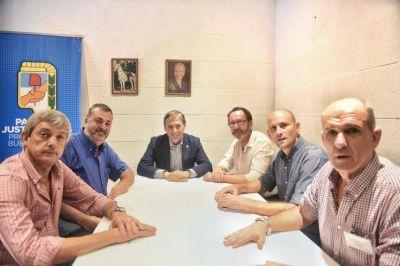 Con los cinco intendentes de la Cuarta, el PJ bonaerense buscó fortalecer la unidad en el interior