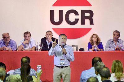 La cúpula de la UCR pide cambios para seguir en Cambiemos