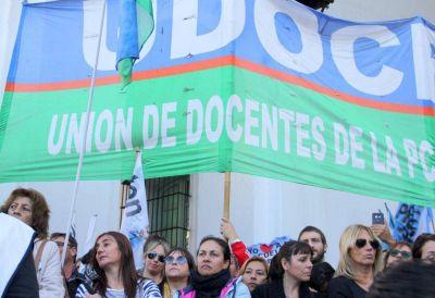 Día D: gremios docentes debaten la propuesta del gobierno, aunque la mayoría la rechaza