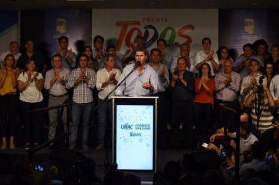 Uñac y la unidad ganaron con más del 55 por ciento de los votos y el peronismo bonaerense se ilusiona