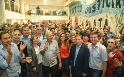 """El """"truco"""" de Florencia Saintout para mostrarse como la mejor candidata del peronismo"""
