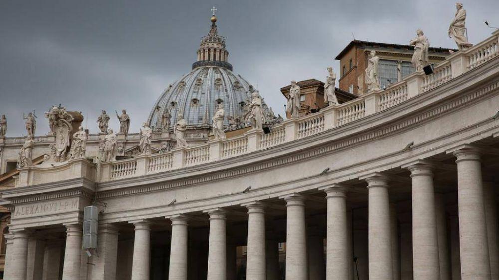 El Papa establece normas anti-abusos para el Estado vaticano y la Curia