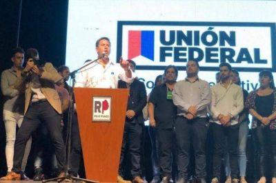 """Lanzaron Unión Federal """"organizado en los 135 municipios bonaerenses"""""""