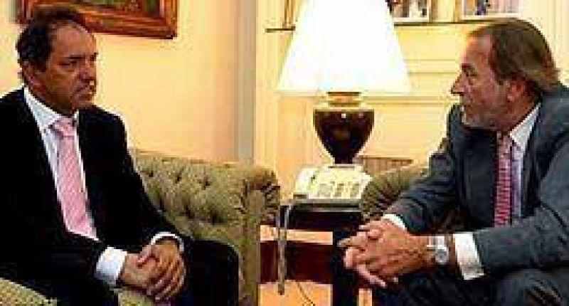 Renuncian Scioli y Balestrini a las bancas testimoniales