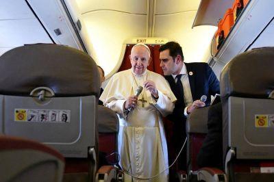 Desalientan en el Vaticano una posible visita de Francisco a la Argentina