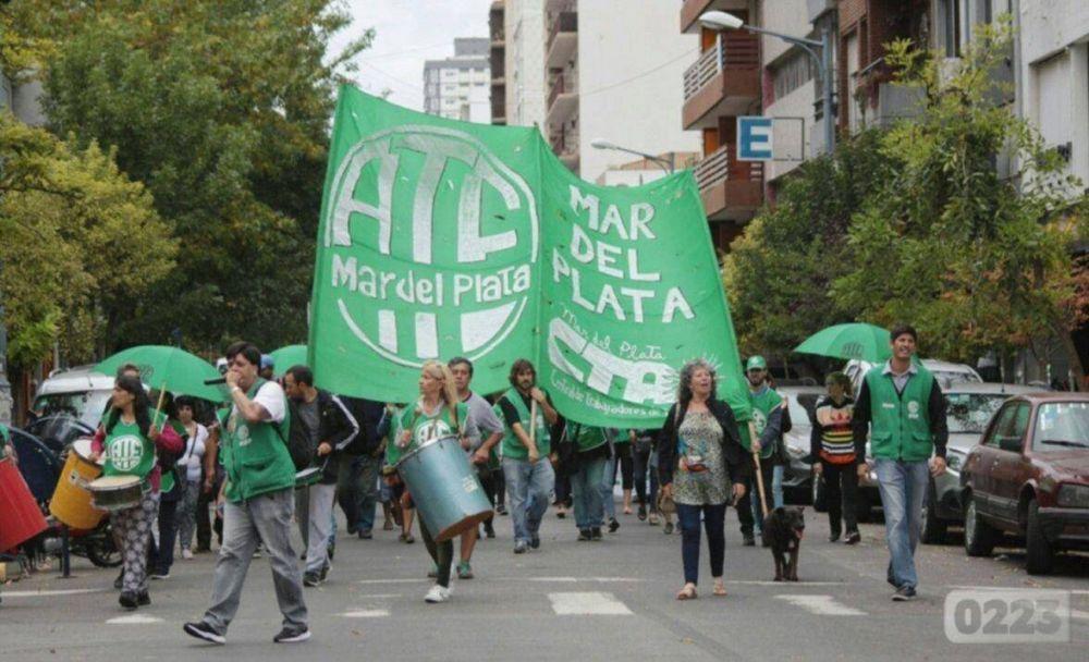 Trabajadores de ATE pararon en reclamo de una convocatoria a paritarias