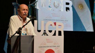 Fuerte cruce en la Convención de la UCR por el apoyo a Cambiemos