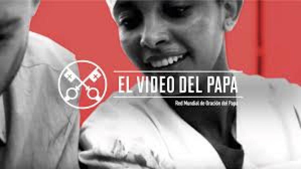 """""""Recemos por los médicos en zonas de guerra"""" pide el Papa en su intención de abril"""