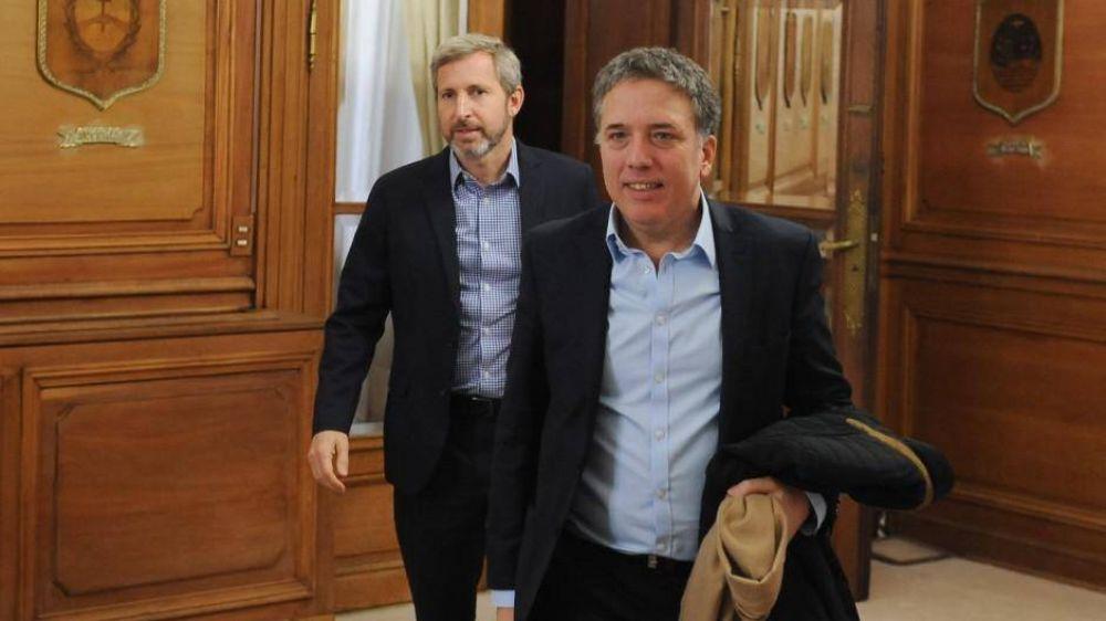 Dujovne y Frigerio viajan a Washington para negocf