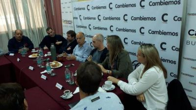 """""""Ganas, compromiso y dedicación"""": las claves que les dio Larreta a los referentes de la Tercera"""