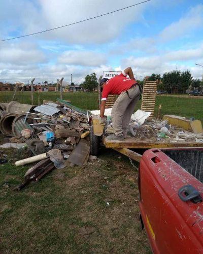 Vecinos llevan residuos no orgánicos al Centro de Transferencia del Pirayuí