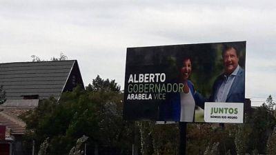 Río Negro define gobernador después de una campaña polarizada: votó Weretilneck y criticó el fallo que le impidió ser candidato