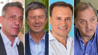 Comenzaron las PASO en Chubut: el gobernador Arcioni ya votó y llamó a participar a toda la comunidad