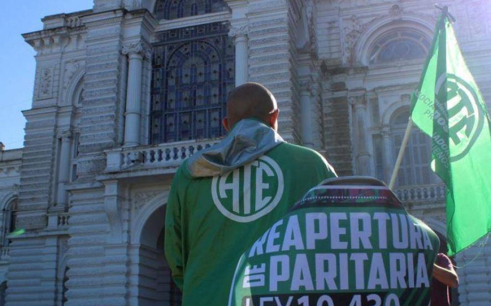 """Ante el """"desprecio del gobierno"""", estatales bonaerenses van al paro en reclamo de paritarias"""