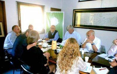 Campana participó de un debate sobre conflictos energéticos en el sector insular