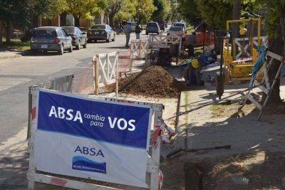 ABSA inició una importante obra en la calle Castelli