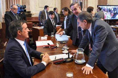 Un faltazo de la cúpula de la CGT postergó el debate sobre el blanqueo laboral