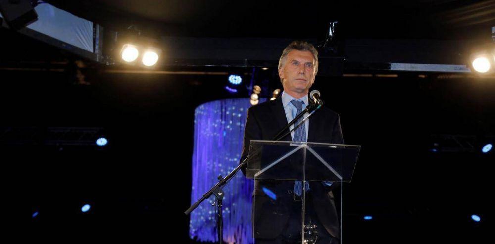 Fiebre de reuniones en la Casa Rosada por los anuncios de medidas, que aún no tienen fecha