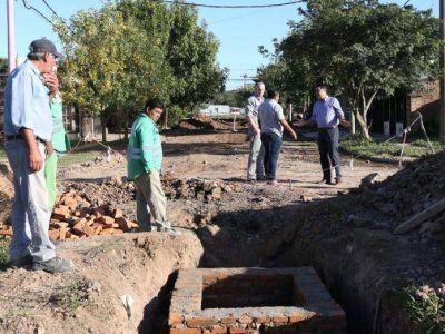 Avanza la obra estructural de desagües pluviales en el barrio Mujeres Argentinas