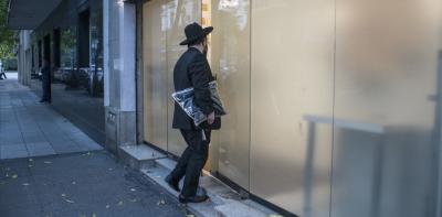 Alarma por agresión a fieles judíos en la puerta de un templo