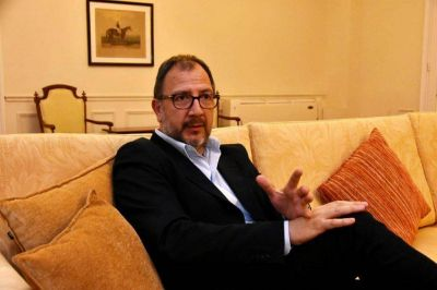 """El gobierno de Vidal rechaza la caducidad del Paseo Hermitage: """"Arroyo no cuida al sector privado y atenta contra la seguridad jurídica"""""""