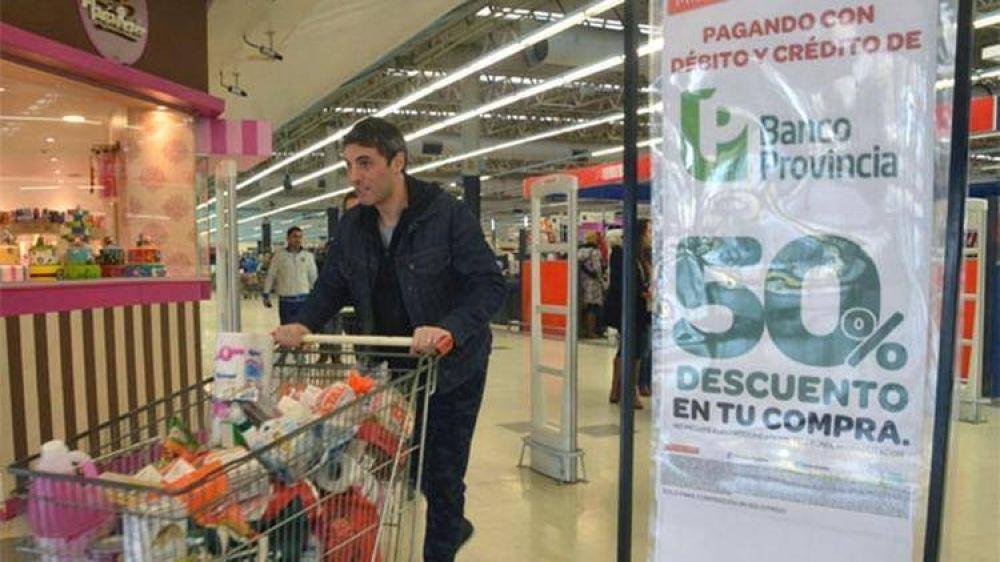 María Eugenia Vidal impulsa la vuelta de los descuentos del 50% en supermercados