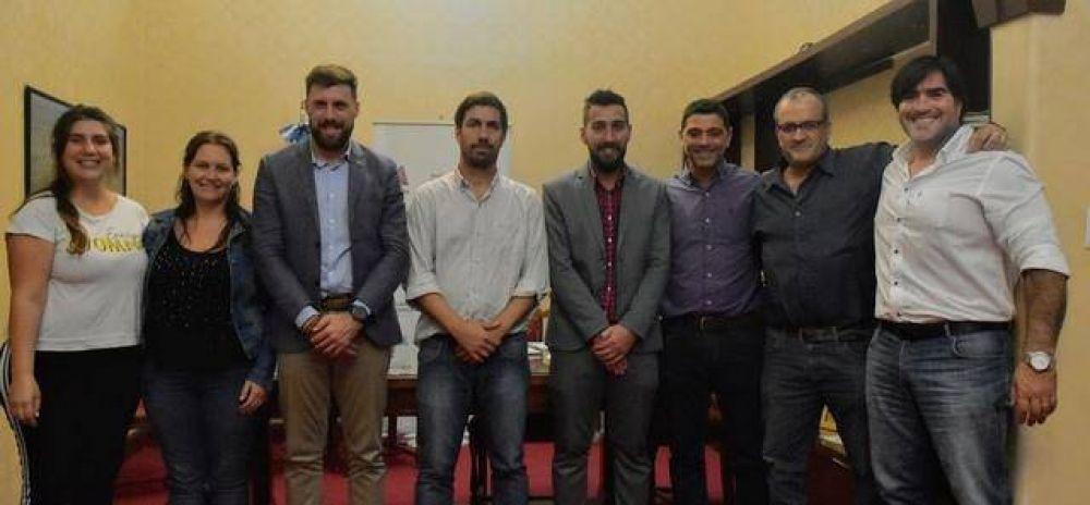 "Municipio firma convenio con la Asociación ""Grooming Argentina"""