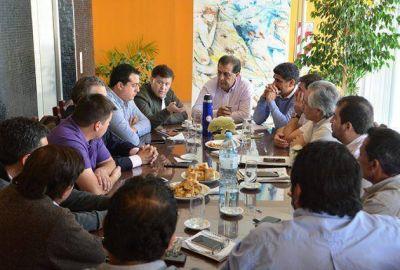 Intendentes y legisladores de San Martín acordaron una intensa agenda común con tres ministerios