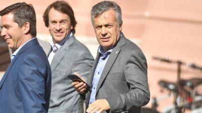 El Gobierno escuchó las propuestas de los gobernadores radicales y Macri anunciará el miércoles un acuerdo de precios