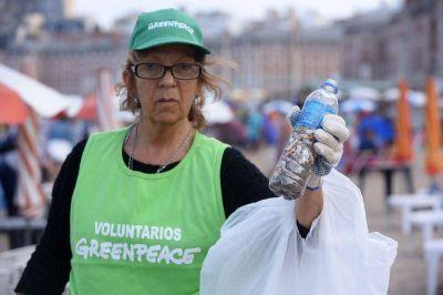 Vecinos piden que se prohíban los plásticos de un solo uso en Mar del Plata