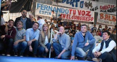 Camino a la unidad: candidatos peronistas se reúnen en Avellaneda para una foto simbólica