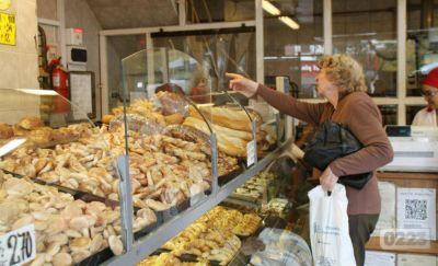La crisis golpea a la industria panadera: desde 2016 cerraron 10 locales y hubo despidos constantes