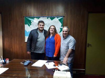 La Municipalidad donó más de 2800 libros a la Pastoral Evangélica