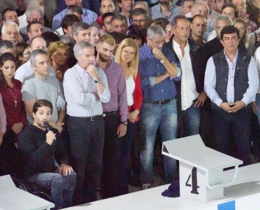 El PJ bonaerense mostró a sus aspirantes a la Gobernación en Avellaneda