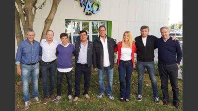 Los precandidatos a gobernador bonaerense del PJ se mostraron juntos por primera vez