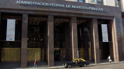 AFIP encontró 400 cuentas no declaradas de argentinos que se habían