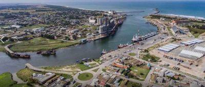 Llega la primera draga para la profundización de Puerto Quequén