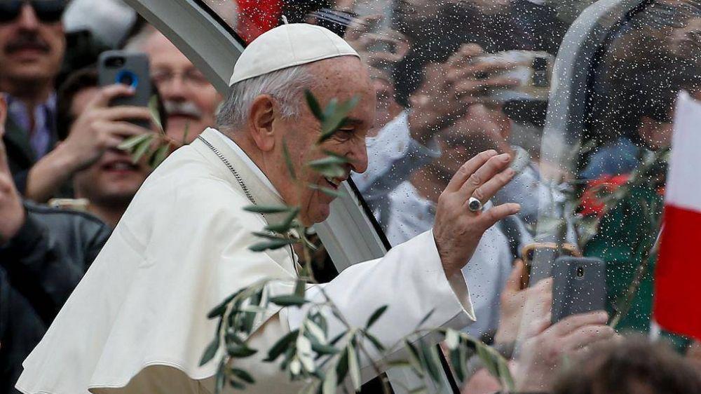 """Domingo de Ramos, el Papa: """"La cruz, camino de obediencia, no se puede negociar"""""""