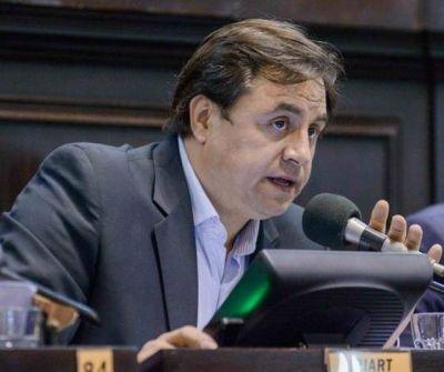 """""""Manino"""" Iriart reclama el congelamiento y la pesificación de las actuales tarifas"""